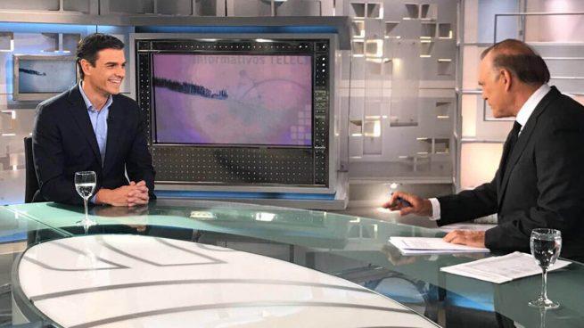 Pedro Sánchez pretende que se cree una subcomisión para reformar la Constitución antes del 1-O