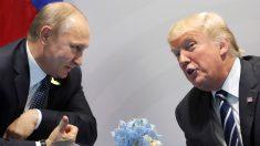 Los presidentes ruso, Vladimir Putin, y estadounidense, Donald Trump, en Hamburgo durante la cumbre del G20. (AFP)