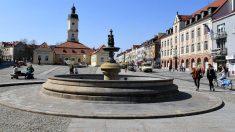 Localidad de Bialystok, en el este de Polonia, evacuada por la localización de una bomba de la II Guerra Mundial. (AFP)