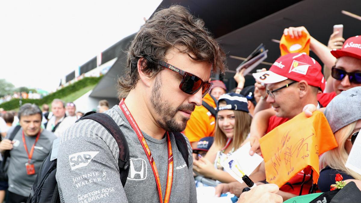 Niki Lauda considera a Fernando Alonso el mejor piloto de la Fórmula 1 actual, aunque ni eso es suficiente para hacerle hueco en Mercedes o Ferrari. (Getty)
