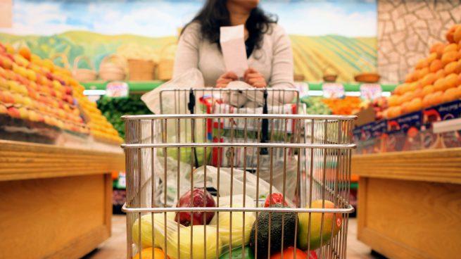 consumidores-compra-supermercado-alimentos-súper-marcas