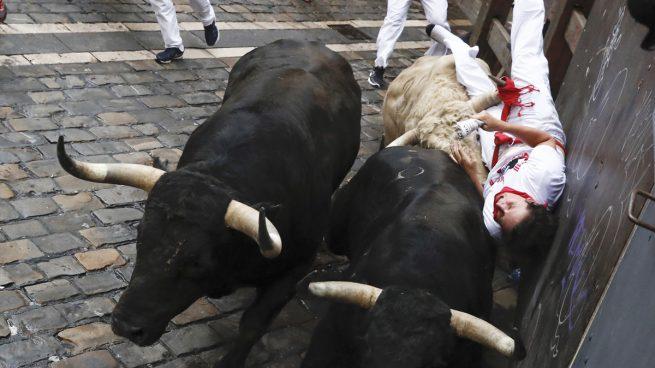 Los toros de Jandilla en el quinto encierro de los Sanfermines de 2017