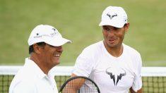 Toni y Rafa Nadal, en un entrenamiento en Wimbledon. (Getty)