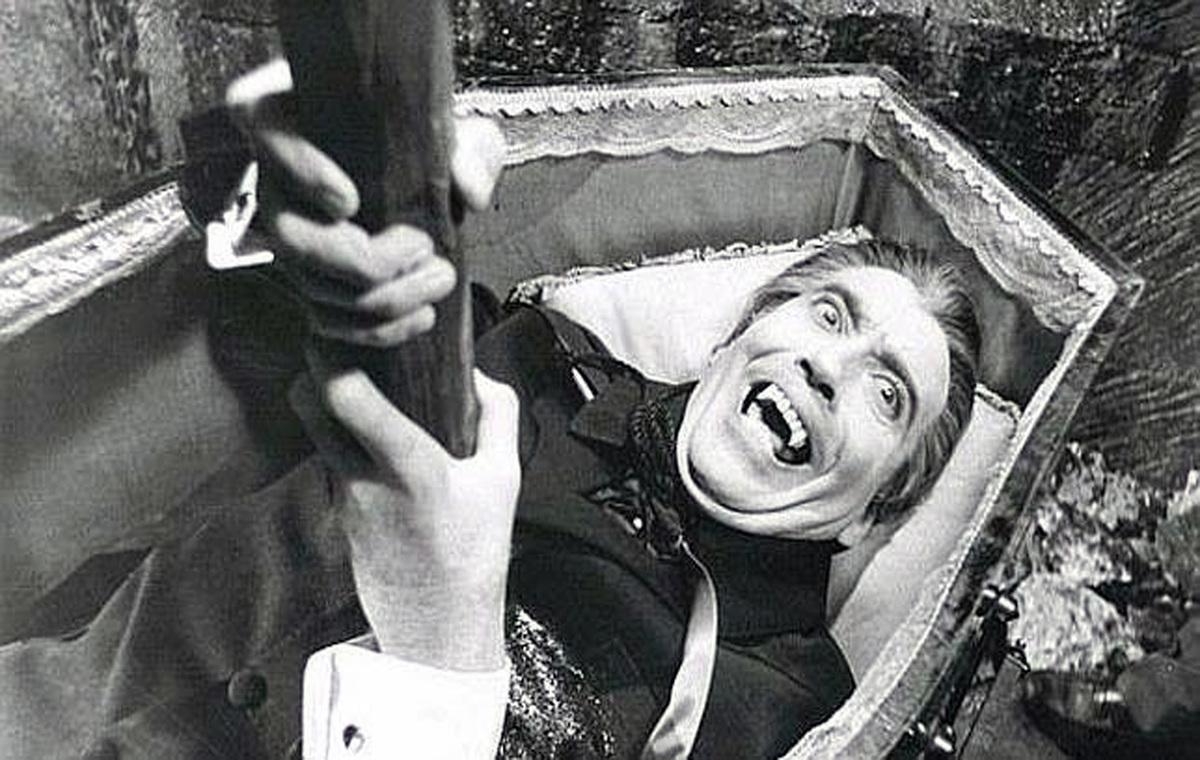 Matar Y Morir Por La Misma Sonrisa: ¿Cómo Se Puede Matar A Un Vampiro? Métodos Y Herramientas