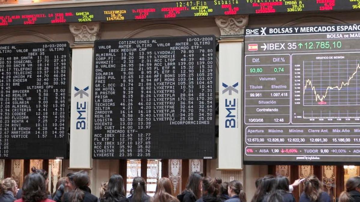 Bolsa de Madrid en la Plaza de la Lealtad. (Foto. Flickr)