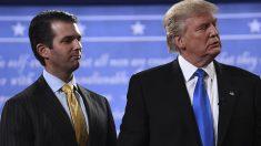 Donald Trump y su hijo (Foto: AFP)