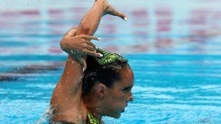 Ona Carbonell, en el ejercicio que le dio la plata. (AFP)
