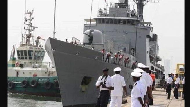 Decenas de desaparecidos tras volcar en el mar un navío del ejército de Camerún