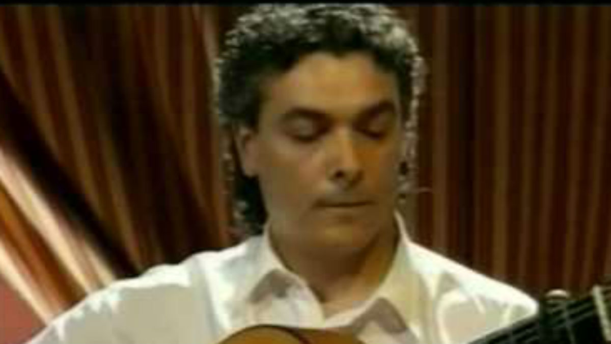 El guitarrista Quique Paredes
