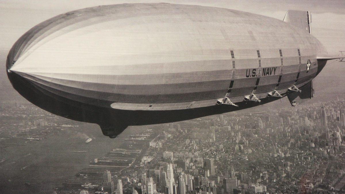 El Zeppelin surcó los aires por primera vez un 20 de Julio del año 1900