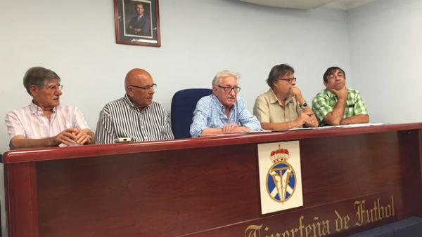 La Guardia Civil registra la sede de la Federación Tinerfeña de Fútbol