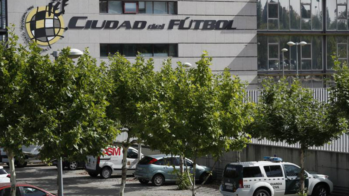 Real Federación Española de Fútbol. (Foto: EFE)