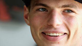 Max Verstappen se ha tomado a broma la cifra que costaría sacarle de Red Bull, equipo con el que se ha mostrado comprometido. (Getty)