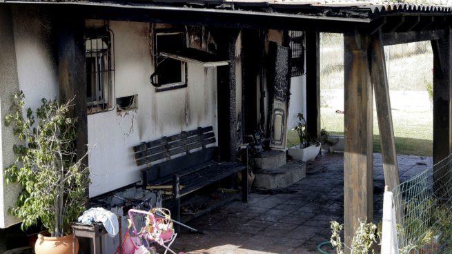 Vivienda quemada en Vejer (Imagen: EFE)