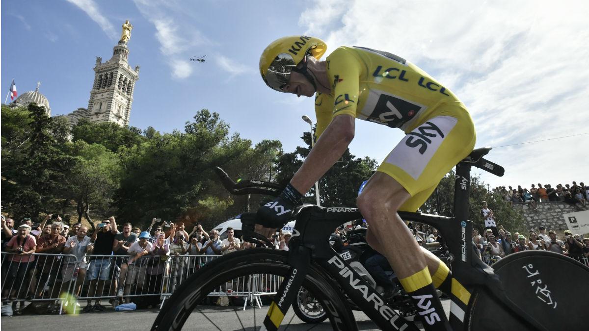 Froome gana de forma virtual su cuarto Tour. (AFP)