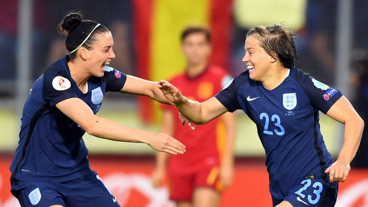 Kirby anotó el primer gol ante España. (AFP)