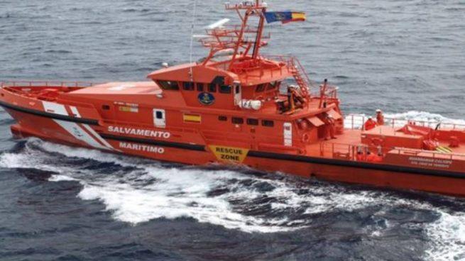 Seis adultos y un niño sufren quemaduras pro dos explosiones de barcos en Santa Pola y Jávea