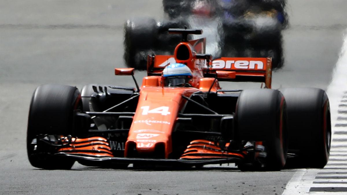Desde Honda aseguran que McLaren está obligada a usar sus motores el año que viene, descartando la posibilidad de que el contrato que une a ambos se rompa. (Getty)
