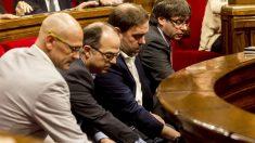 Raül Romeva, Jordi Turull, Oriol Junqueras y Carles Puigdemont. (Foto: EFE)