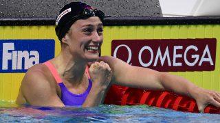 Mireia Belmonte, instantes después de proclamarse campeona del mundo. (AFP)