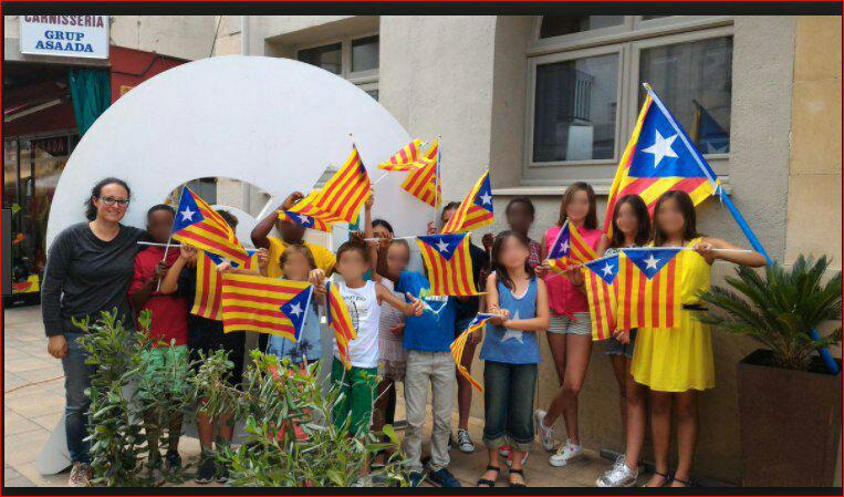La ANC sigue usando niños en su campaña a favor de la independencia de Cataluña