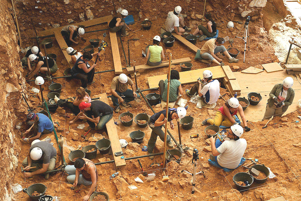 Voluntarios en Atapuerca (Foto: Getty)