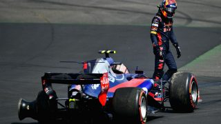 Franz Tost ha asegurado que Carlos Sainz también tiene parte de resposabilidad en el accidente que le dejó fuera de carrera en Silverstone. (Getty)
