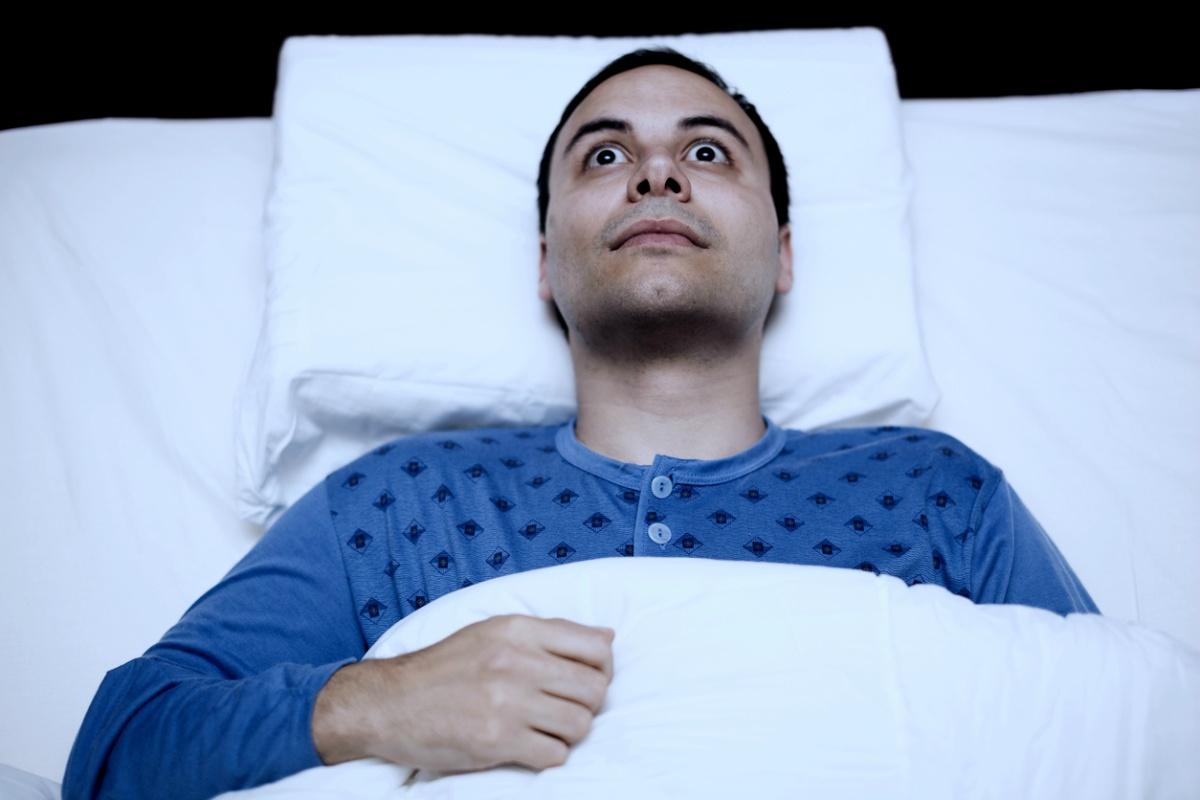 Descubre cómo reconocer la parálisis del sueño