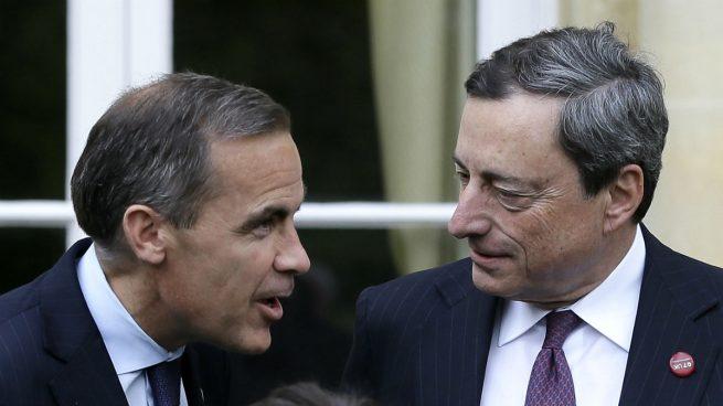 El mercado prevé una depreciación de la libra frente al euro a corto plazo