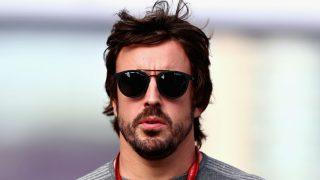 Fernando Alonso ha confirmado que no ha cambiado su opinión acerca de una hipotética renovación de su contrato con McLaren, a pesar del buen ambiente que se respira en el equipo británico. (Getty)