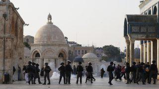Disturbios en la Explanada de las Mezquitas em Jerusalén. (Foto: AFP)