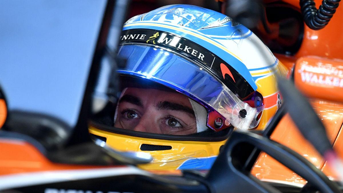Fernando Alonso cree que puede optar al podio en Hungría si se dan las circunstancias. (AFP)