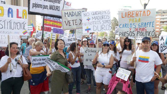 La oposición venezolana convoca una huelga general contra Maduro el próximo martes