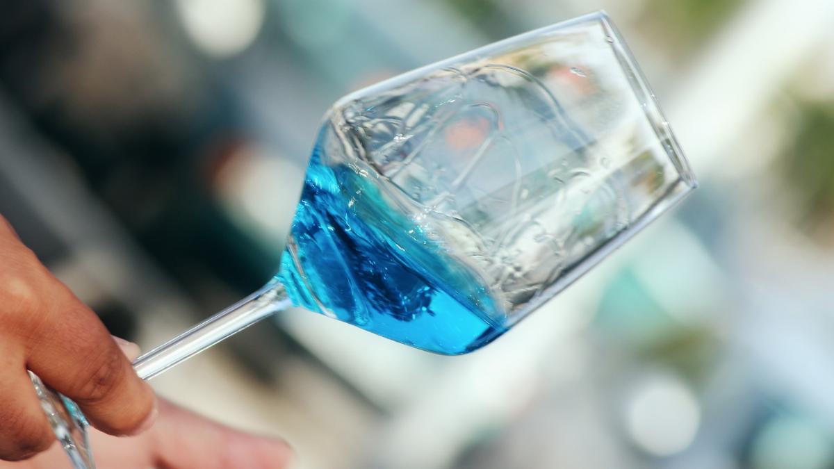 Vino azul de Marqués de Alcántara