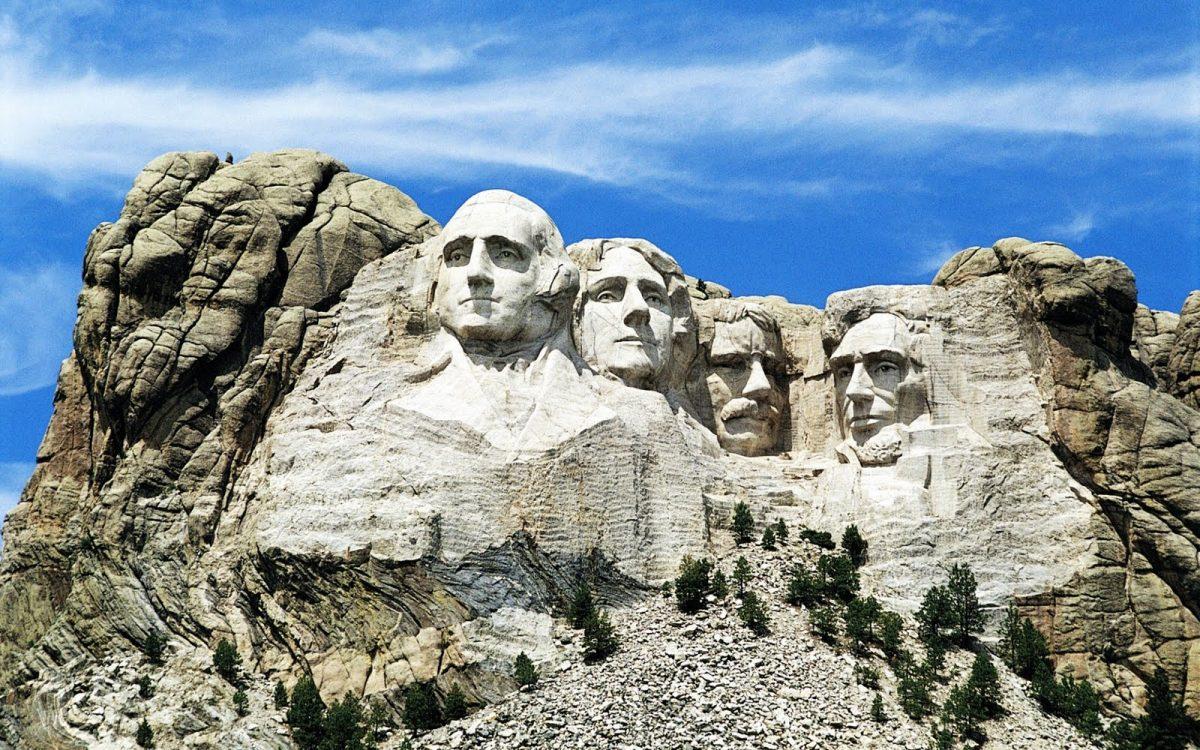 Tal día como hoy, comenzó a la obra conmemorativa del Monte Rushmore.