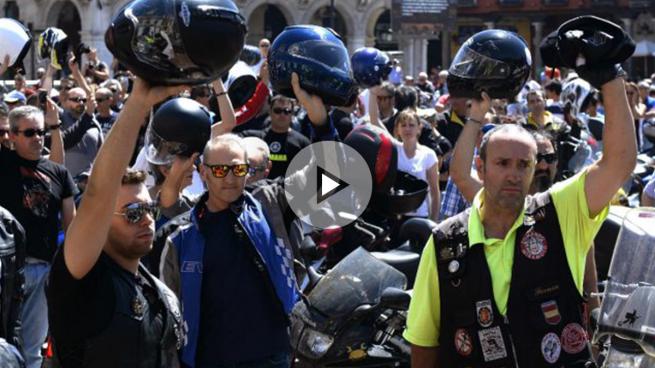 Concentraciones de moteros en varias ciudades para homenajear a Ángel Nieto