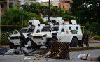 """Venezuela denuncia el intento de atropello a civiles con tanquetas por """"infiltrados"""" en la frontera con Colombia"""