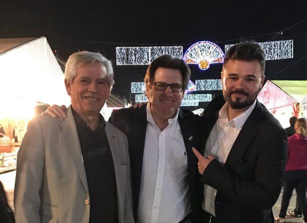 El presidente de la ANA, Pedro Ignacio Altamirano, con Gabriel Rufián