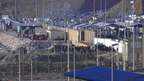 Paso fronterizo del Tarajal en Ceuta (España). Foto: Agencias