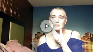 Sinéad O'Connor, desesperada, confiesa a cámara sus tendencias suicidas.