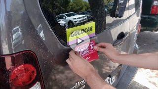 Los 'cachorros' de la CUP vuelven a Mallorca para pegar adhesivos en los coches contra el turismo