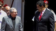Raúl Castro y Nicolás Maduro. (Foto: AFP)
