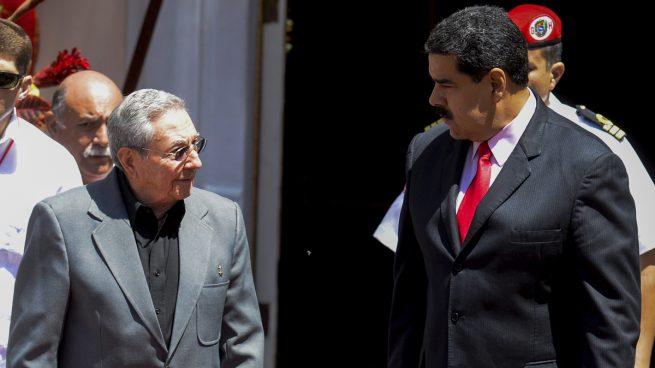 """Castro traslada a Maduro su """"inmenso júbilo"""" por instalar la Asamblea Constituyente"""