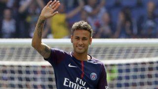 Neymar, el día de su presentación con el PSG. (AFP)
