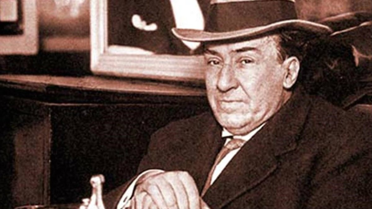 El escritor castellano Antonio Machado.