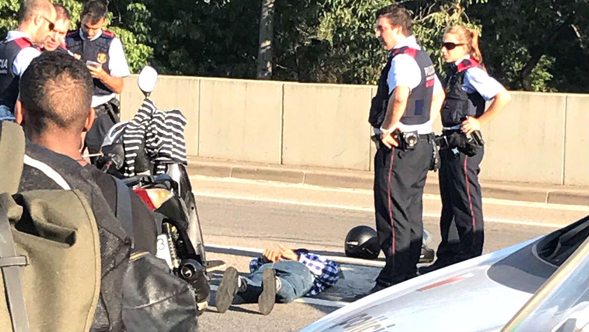 Los agentes han reducido al sospechoso en Vic.