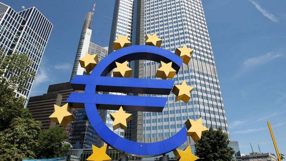 La confianza económica de la zona euro se desploma a mínimos de 2013 por el coronavirus