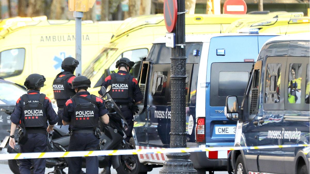 Imagen de los Mossos en una operación policial (Foto: Efe).
