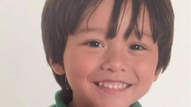 Confirman la muerte en el atentado del niño australiano de 7 años dado por desaparecido