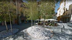 La casa de Said Aallaa, en el 25 de la plaça Gran de Ripoll, registrada por los Mossos.